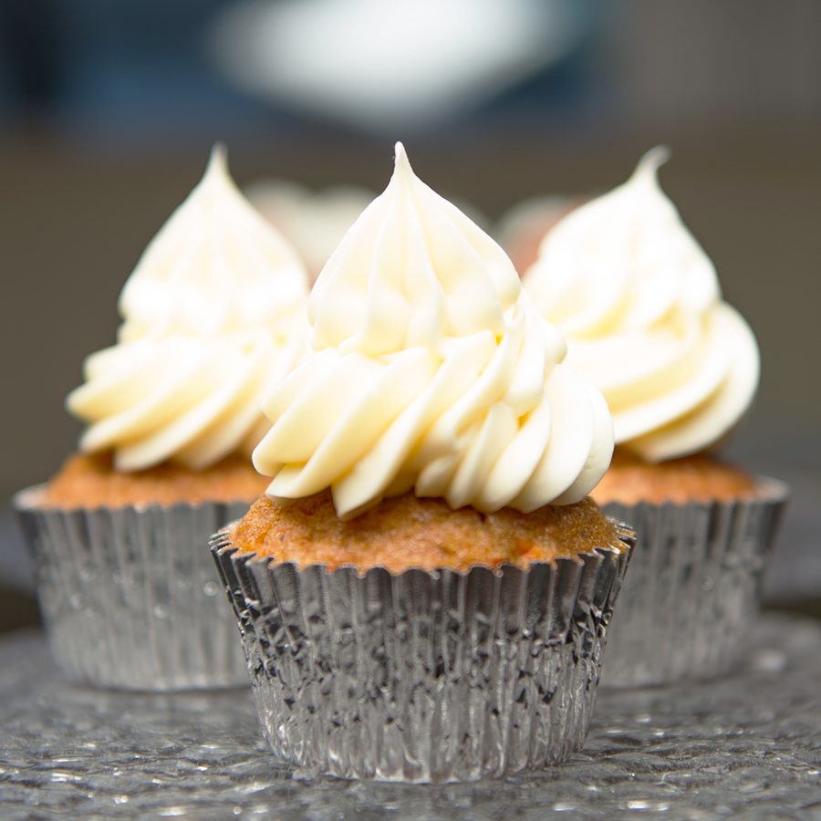 Buttermilk Cake Cupcakes