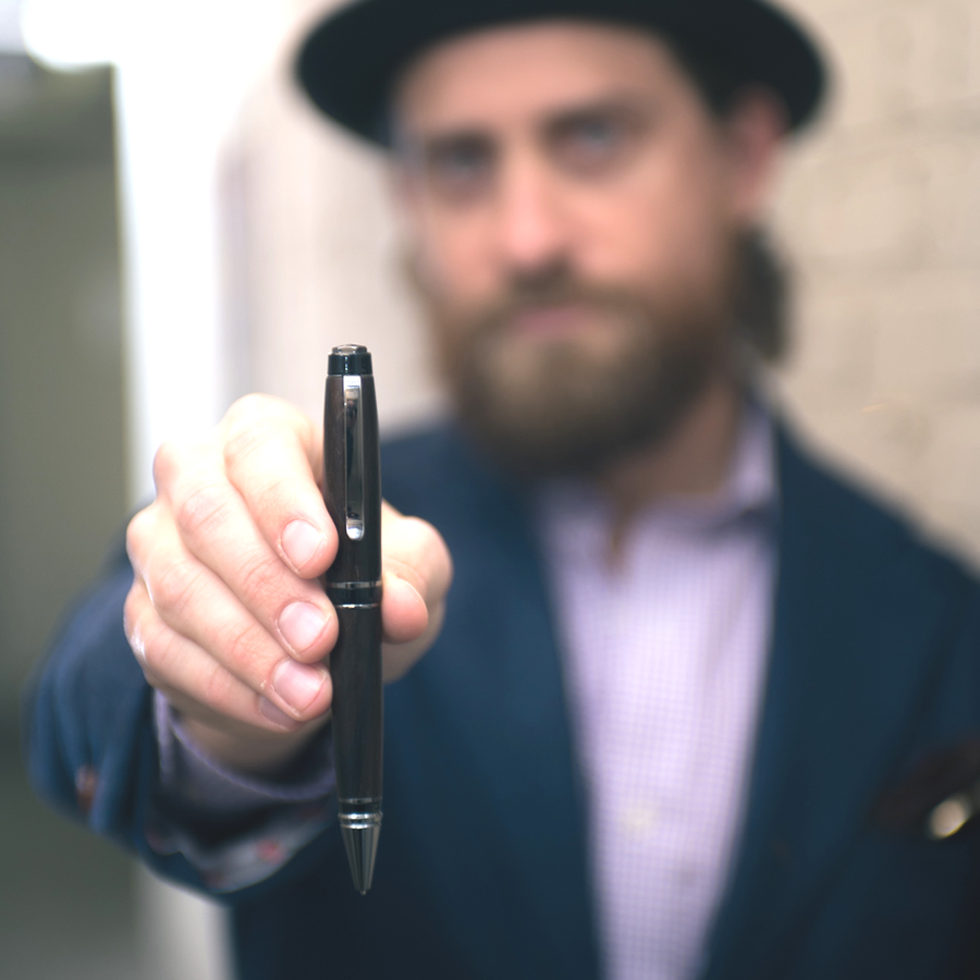Jason Yarby holding one of his gorgeous pens.