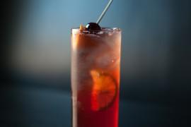 Aperol & Cranberry Spritz
