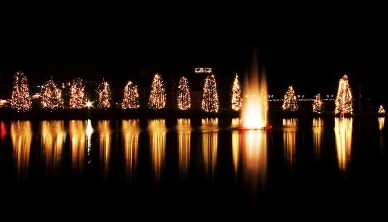 Christmas Town Usa.This Is The Holiday Trip You Need To Take Christmas Town