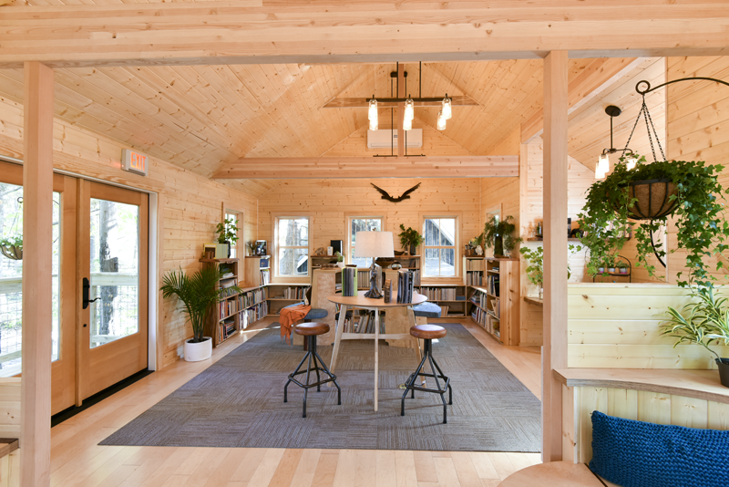 treehouse masters omni montessori owls nest library - Treehouse Masters Interior