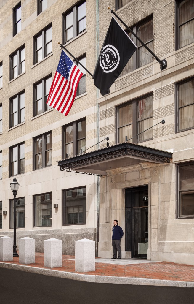 Entrance_PressHotel