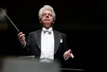 Charlotte Symphony Orchestra's Christopher Warren-Green