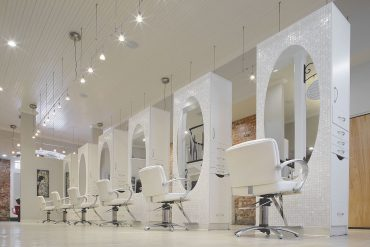 Rē Salon